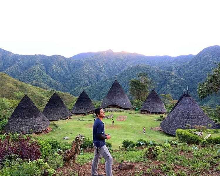 7 rumah adat utama di Desa Wae Rebo, sumber ig @vandialex