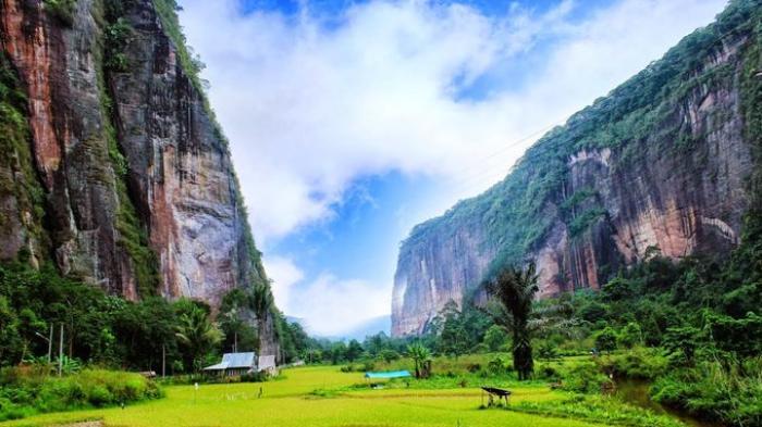 Keindahan Bak Lembah Yosemite, Wisata Lembah Arau akan Membuat Takjub