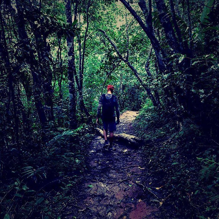 Jalur trekking menuju desa wae rebo, sumber ig @booboo_chann