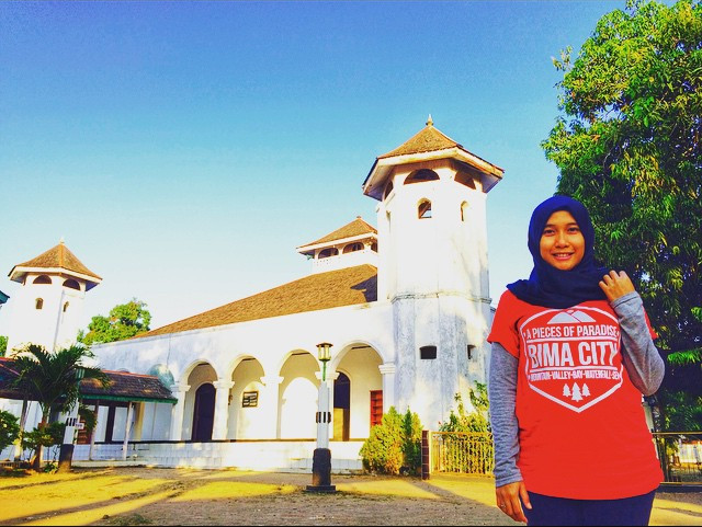 Masjid Sultan Muhammad Shalahuddin Bima, sumber ig @yanu_unay