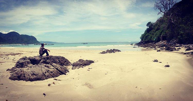 Pantai Pasir Putih bi Bajo Pulo kabupaten Bima, sumber ig @maz_xaz28