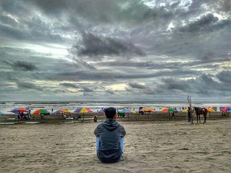 Senja di pantai Parangtritis Yogyakarta, sumber ig @fikri_flayers