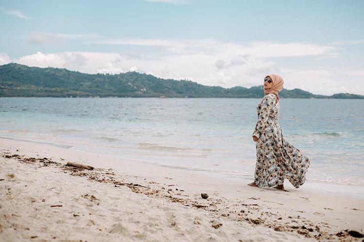 Keindahan pantai di Gili Nanggu Lombok, sumber ig @jjtravelphotography_