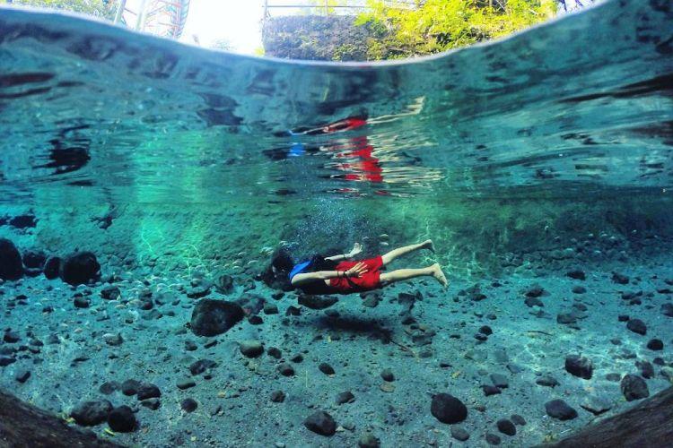 Berenang di Sungai Cokro Tulung Klaten, src kitamuda
