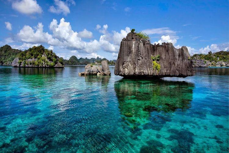 Misool Eco Resort, Penginapan Sejuk dan Ramah Lingkungan - Go Trip Indonesia