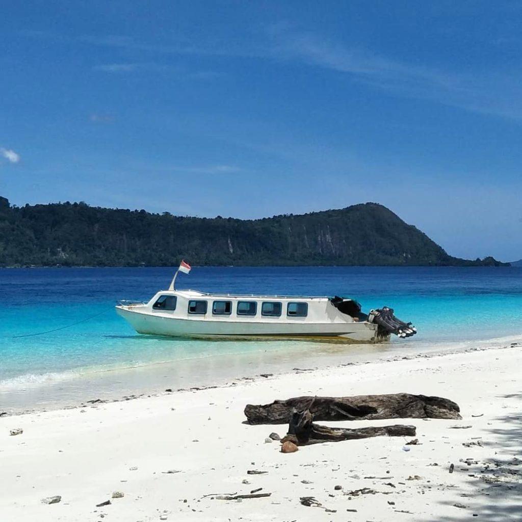 Pulau Molana, Sumber IG @barondasaparua