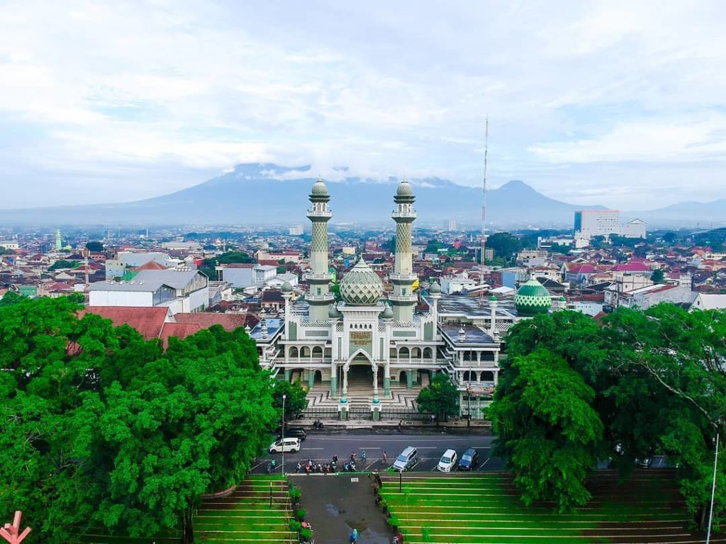 Masjid Agung Jami' Malang, Sumber IG @frontonebudgetmlg