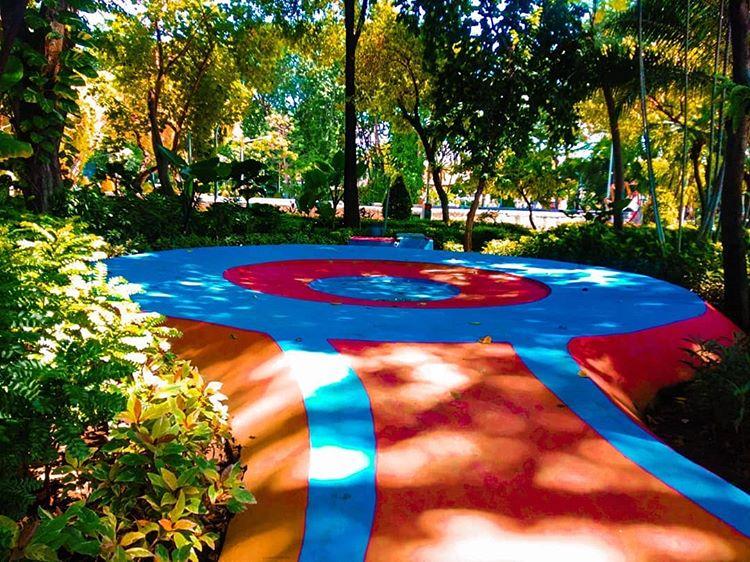 Playground untuk main air anak di Taman Bungkul, ig journal_avrilladee
