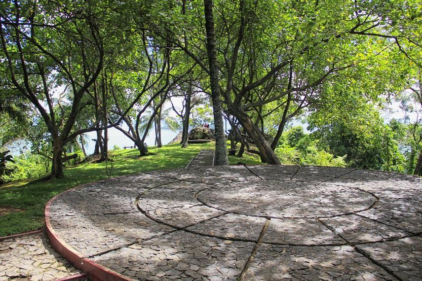 Taman Siti Nurbaya, sumber : TRAVLR Indonesia