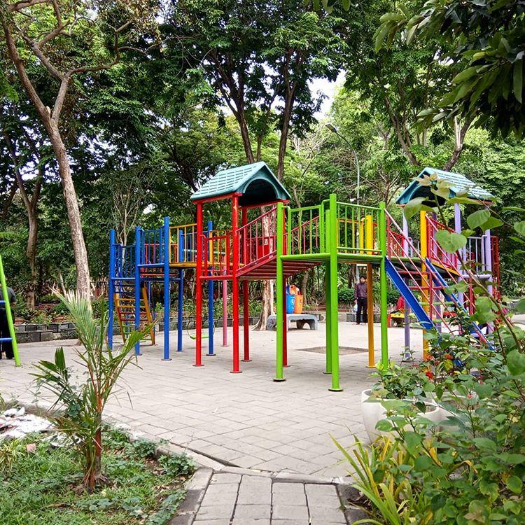 Taman bermain anak di kebun bibit Surabaya, ig rizkyartika