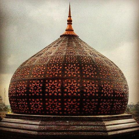 kubah Masjid Tembaga, sumber : Kaskus