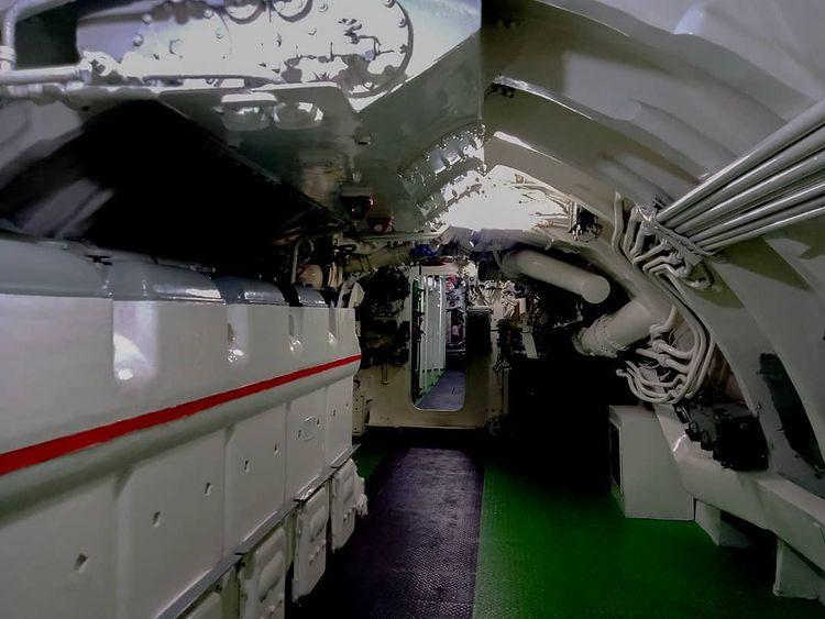 Interior bagian dalam museum kapal selam Surabaya, ig punyautik