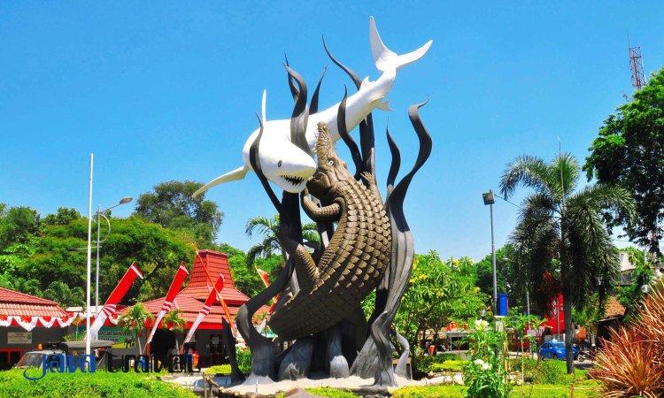 Patung Sura dan Buaya, Ikon dan Kebanggaan Masyarakat Surabaya, Sumber : pariwisatasurabaya.com