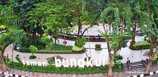 Tampak dari atas, view Taman Bungkul, Sumber : greatnesia.id